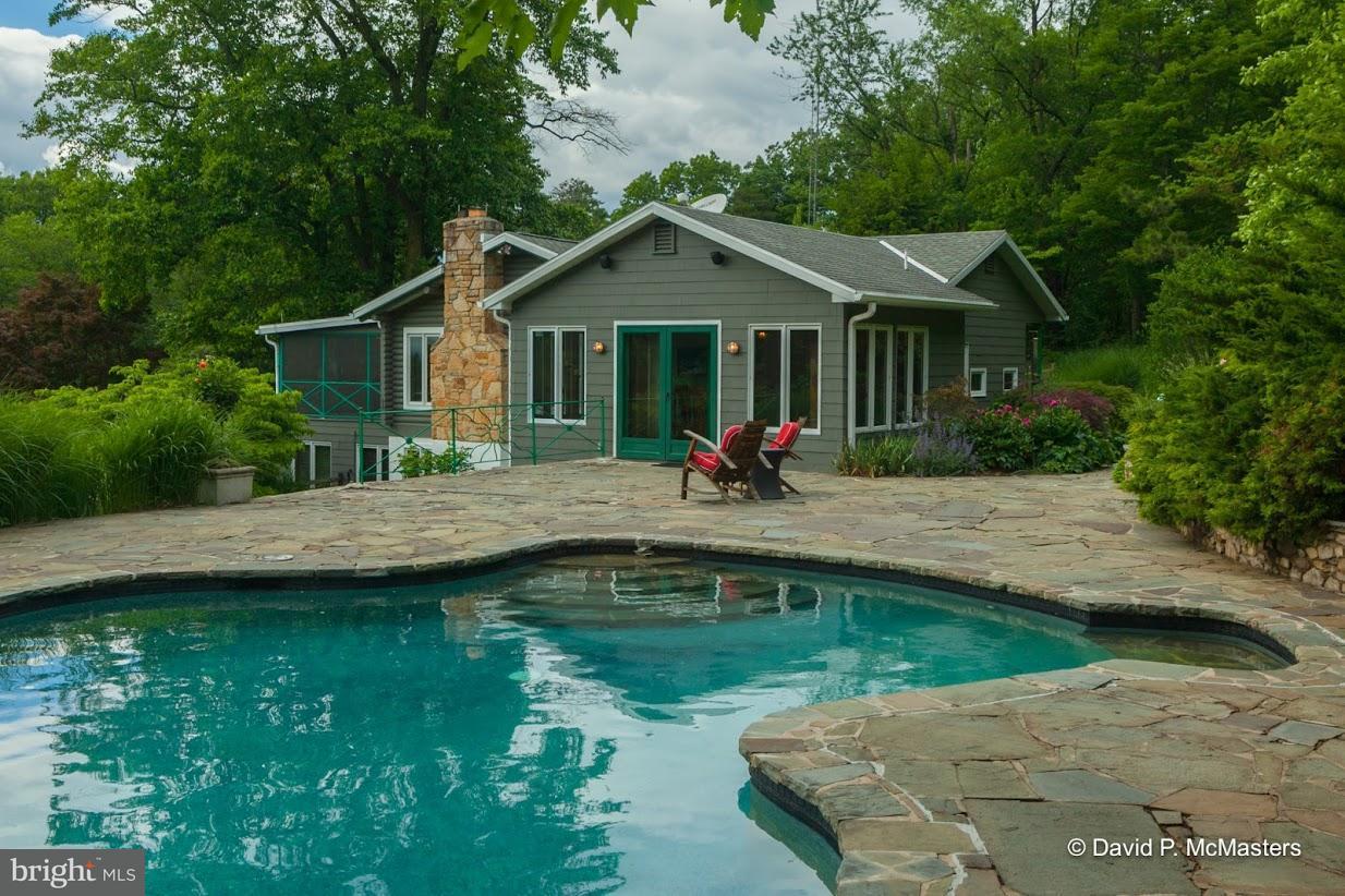 Villa per Vendita alle ore 8307 MOUNTAIN LAUREL Road 8307 MOUNTAIN LAUREL Road Boonsboro, Maryland 21713 Stati Uniti