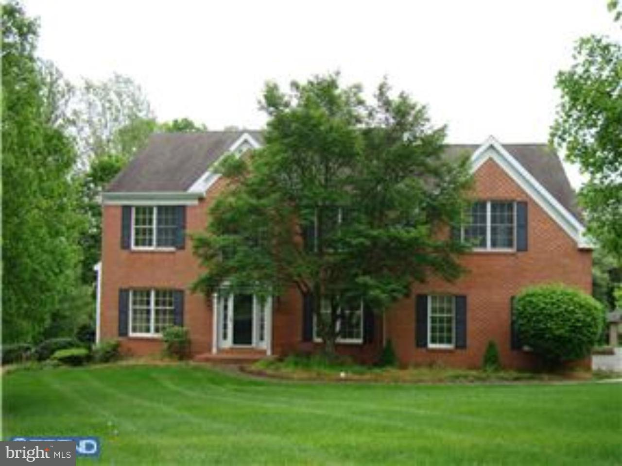 Частный односемейный дом для того Аренда на 402 LONGVIEW Drive West Chester, Пенсильвания 19380 Соединенные Штаты