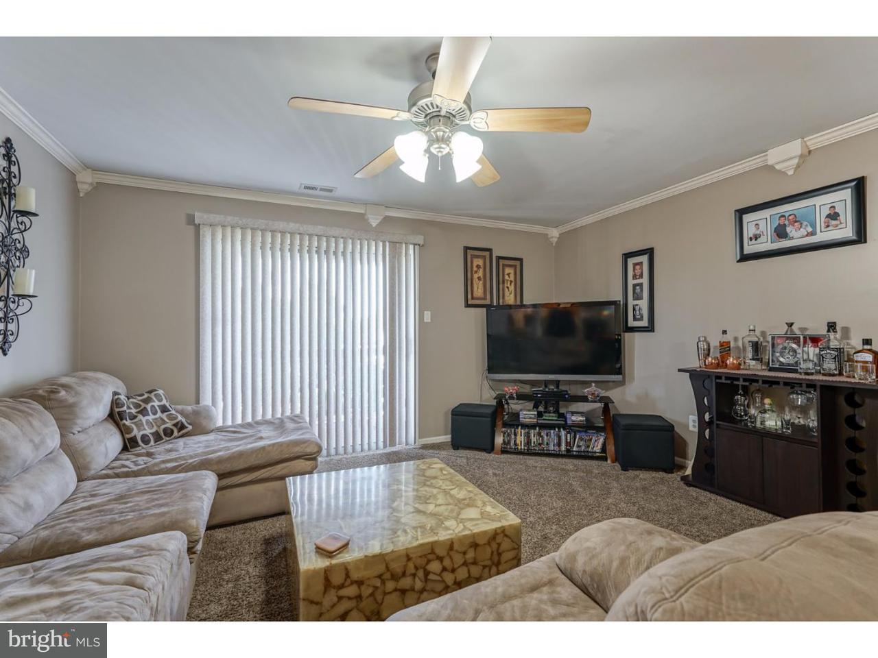 Частный односемейный дом для того Аренда на 6 BUENA Court Turnersville, Нью-Джерси 08012 Соединенные Штаты