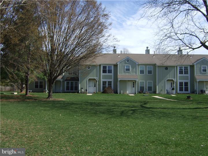 Maison accolée pour l à louer à 13 POND VIEW Drive Plainsboro, New Jersey 08536 États-UnisDans/Autour: Plainsboro Township