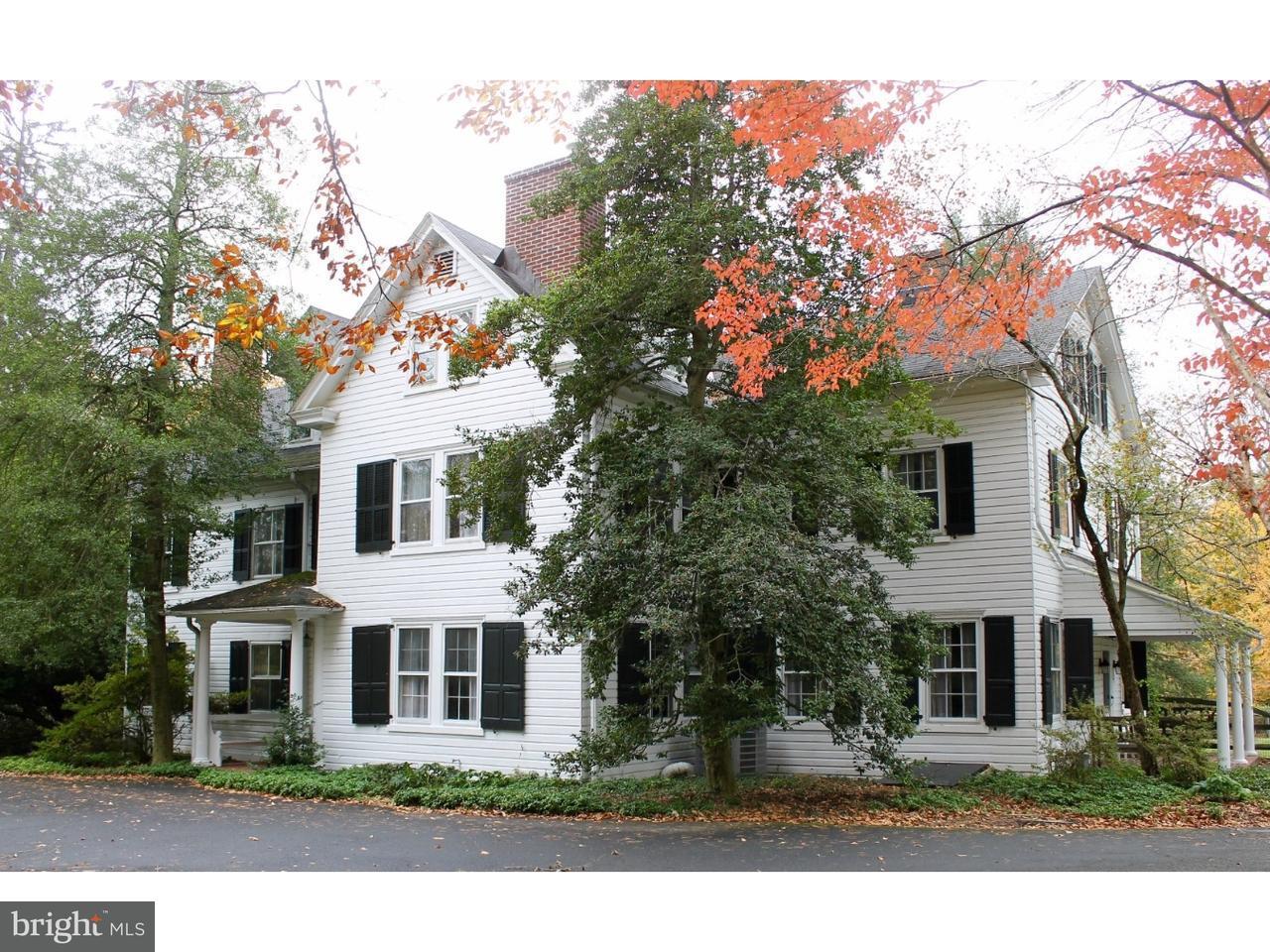 独户住宅 为 销售 在 501 PENLLYN PIKE Blue Bell, 宾夕法尼亚州 19422 美国