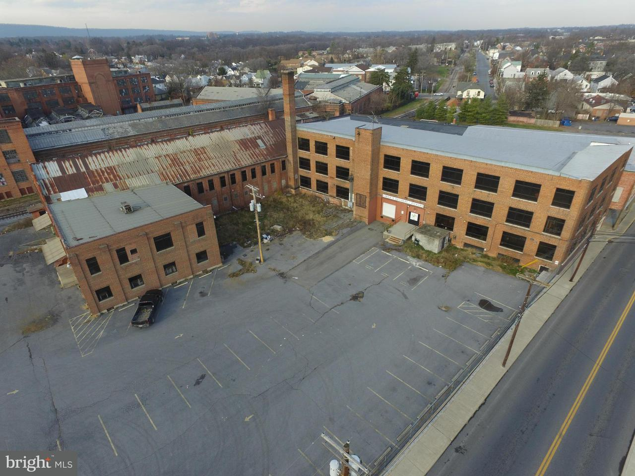 Commercial for Sale at 301 WINCHESTER Avenue 301 WINCHESTER Avenue Martinsburg, West Virginia 25401 United States