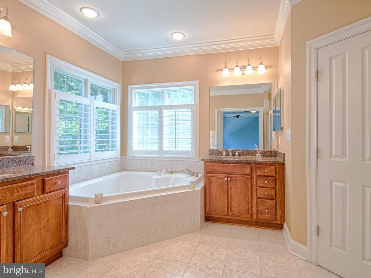 Additional photo for property listing at 10508 Center Street 10508 Center Street Fairfax, Virginia 22030 Stati Uniti