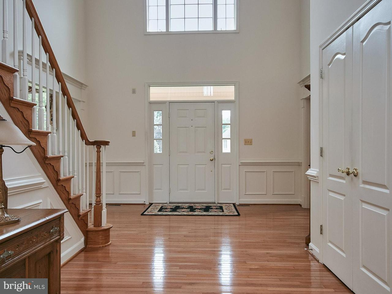 Single Family Home for Sale at 10300 MYSTIC MEADOW WAY 10300 MYSTIC MEADOW WAY Oakton, Virginia 22124 United States