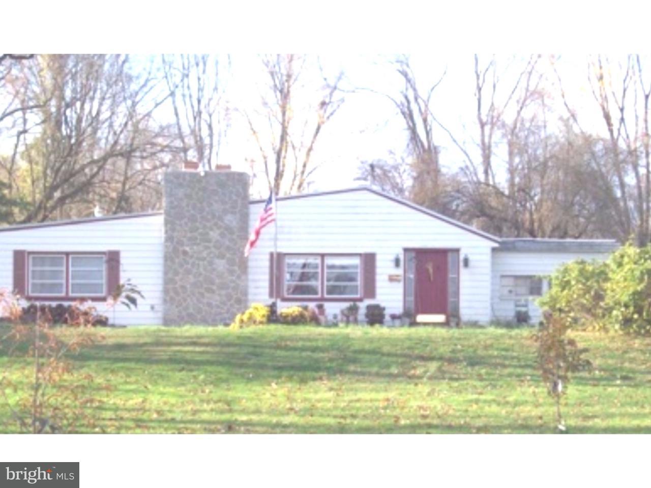 Casa Unifamiliar por un Venta en 2000 BENSALEM BLVD Bensalem, Pennsylvania 19020 Estados Unidos