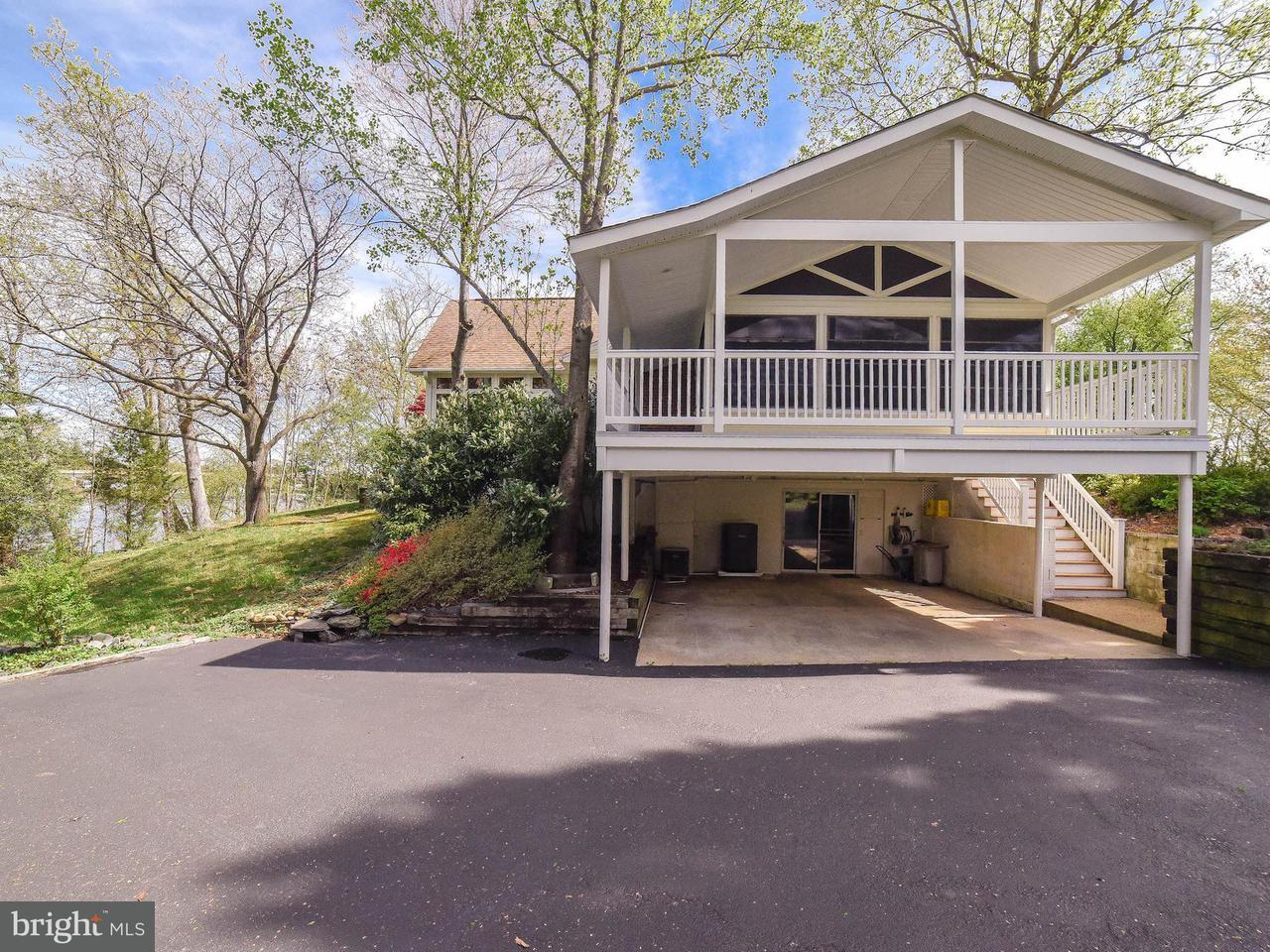 Частный односемейный дом для того Продажа на 23615 Town Creek Drive 23615 Town Creek Drive Lexington Park, Мэриленд 20653 Соединенные Штаты