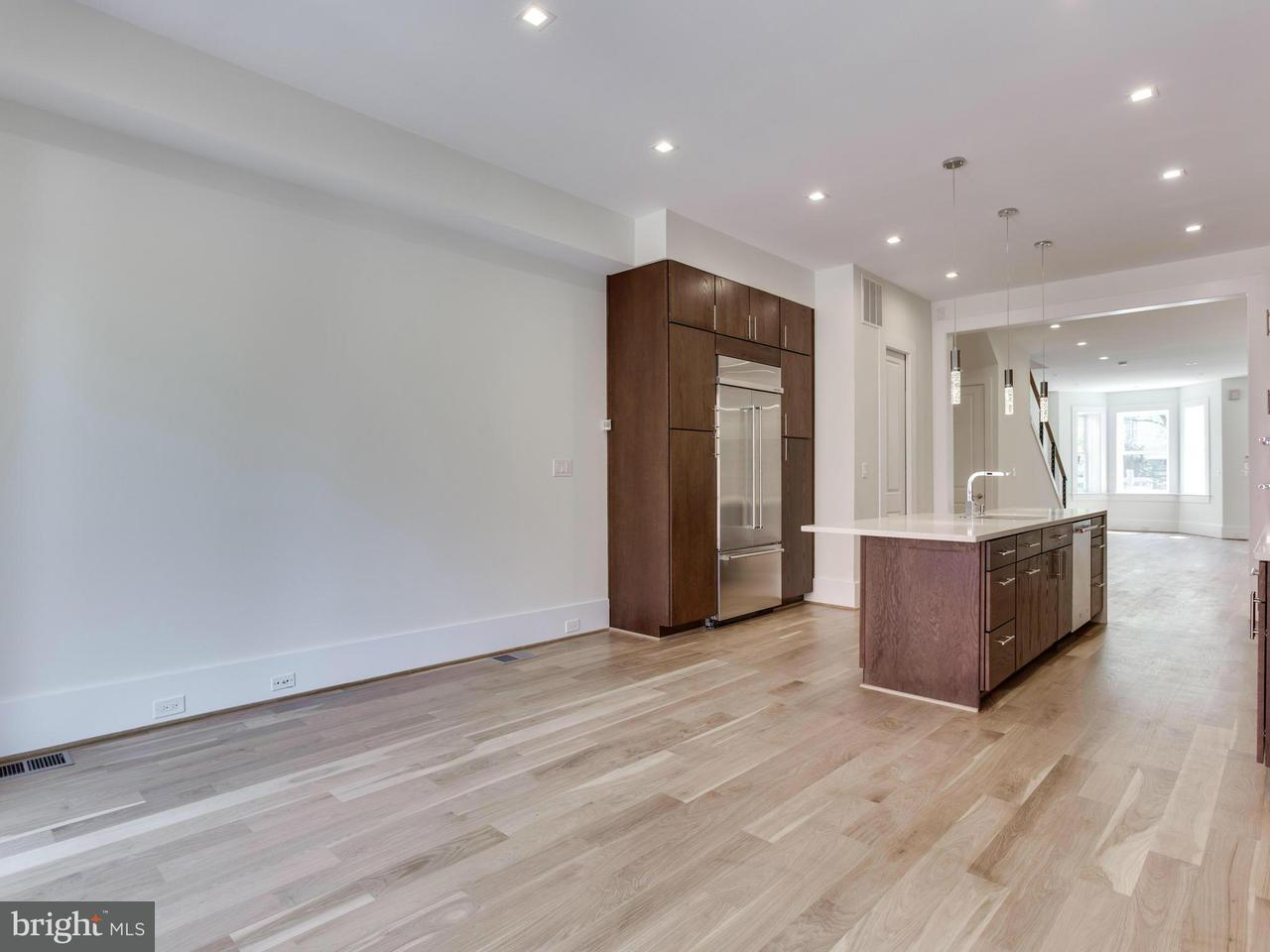 Additional photo for property listing at 720 CAPITOL ST NE 720 CAPITOL ST NE Washington, District Of Columbia 20003 United States