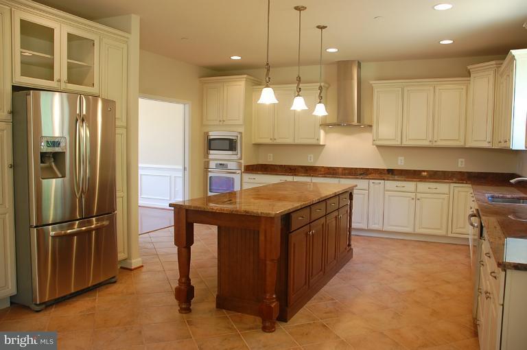 Additional photo for property listing at 14364 FRONTIER TRAILS Court 14364 FRONTIER TRAILS Court Waldorf, Мэриленд 20601 Соединенные Штаты