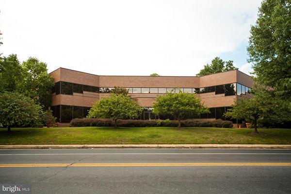 komerziell für Verkauf beim 9344 LANHAM SEVERN Road 9344 LANHAM SEVERN Road Lanham, Maryland 20706 Vereinigte Staaten