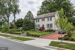 Single Family Home for Sale at 7503 Meadow Lane 7503 Meadow Lane Chevy Chase, Maryland 20815 United States
