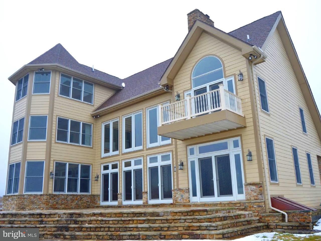 Villa per Vendita alle ore 14 STILWATER Drive 14 STILWATER Drive Swanton, Maryland 21561 Stati Uniti