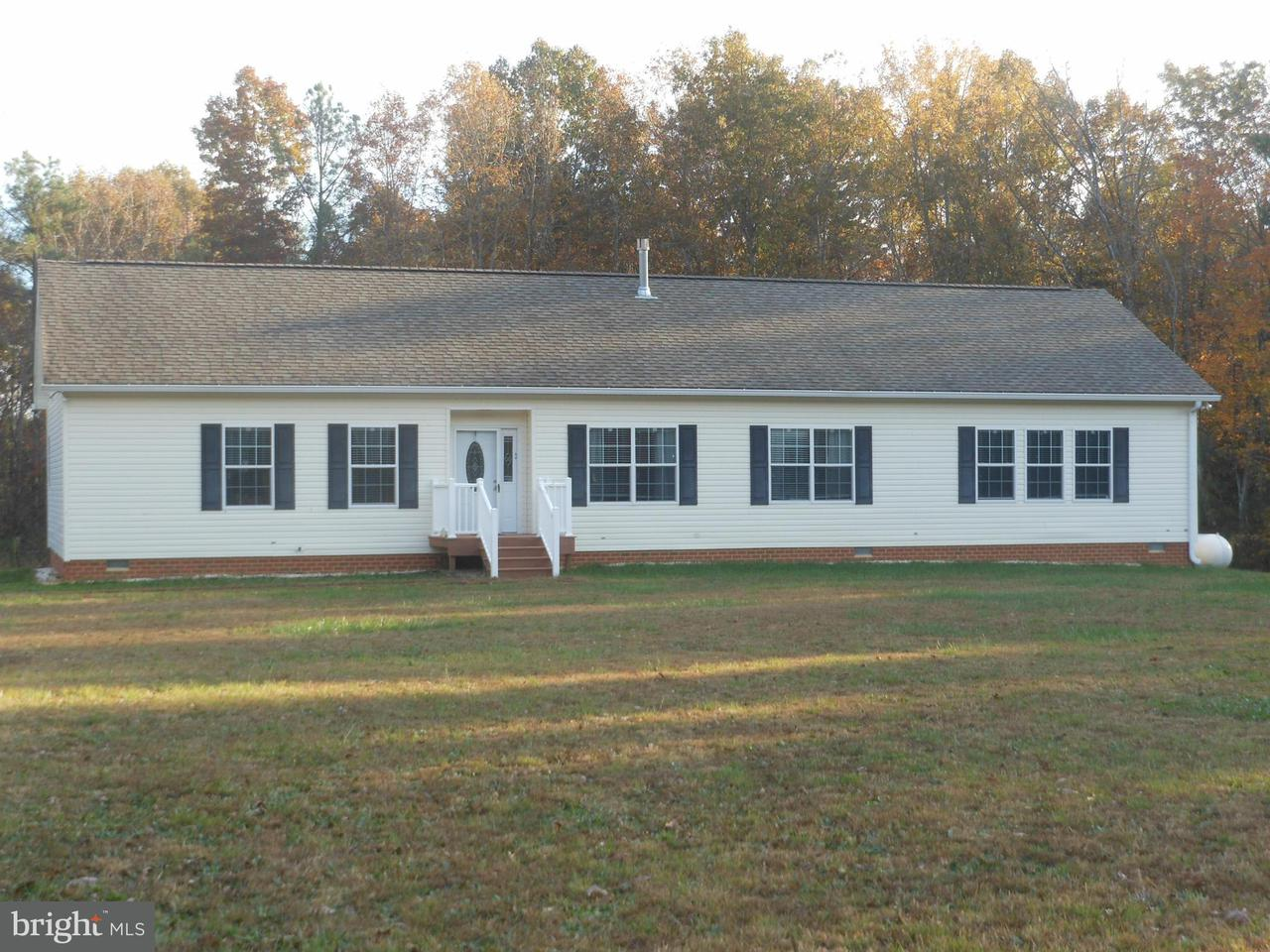 Single Family for Sale at 23372 Carolwood Ln Milford, Virginia 22514 United States