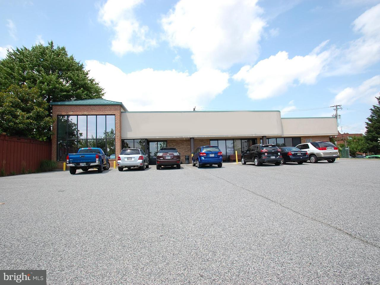 Commercial for Sale at 6404 Eastern Ave Baltimore, Maryland 21224 United States