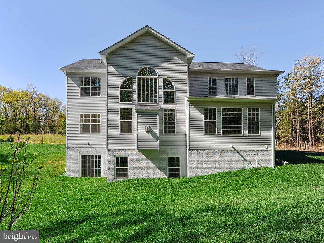 Частный односемейный дом для того Продажа на 15600 TAYLERTON Lane 15600 TAYLERTON Lane Brandywine, Мэриленд 20613 Соединенные Штаты