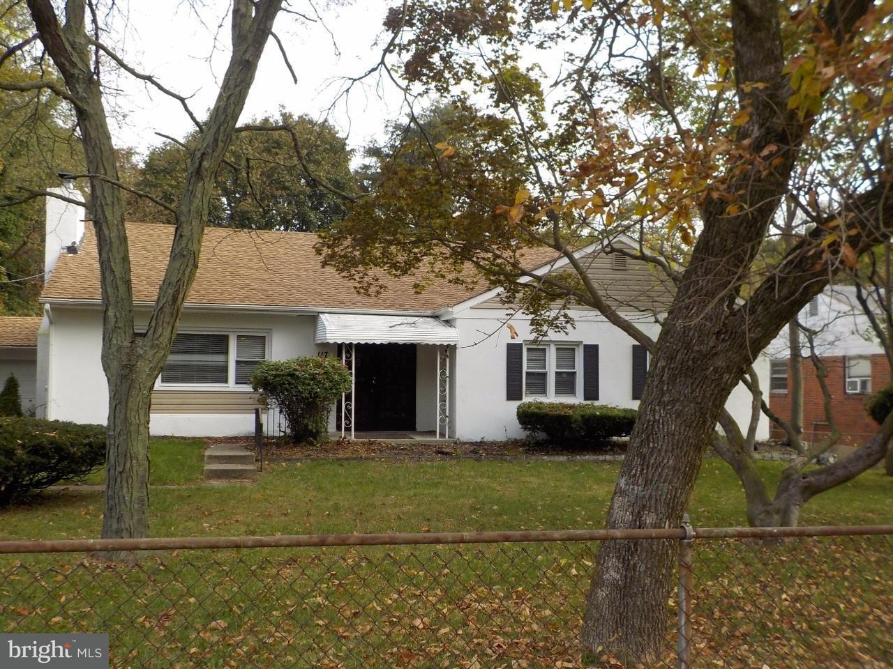 Maison unifamiliale pour l à louer à 117 E CHARLESTON Avenue Lawnside, New Jersey 08045 États-Unis