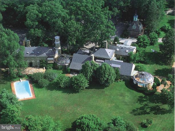 Farm for Sale at 33807 Archbold Ln Upperville, Virginia 20184 United States