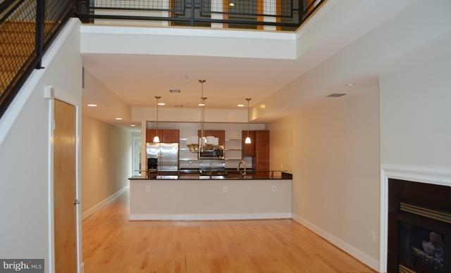 Additional photo for property listing at 227 R St NE #a  Washington, District Of Columbia 20002 United States
