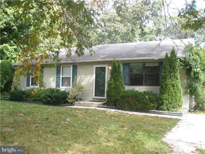 Частный односемейный дом для того Аренда на 464 E ATLANTIC Avenue Waterford Works, Нью-Джерси 08004 Соединенные Штаты