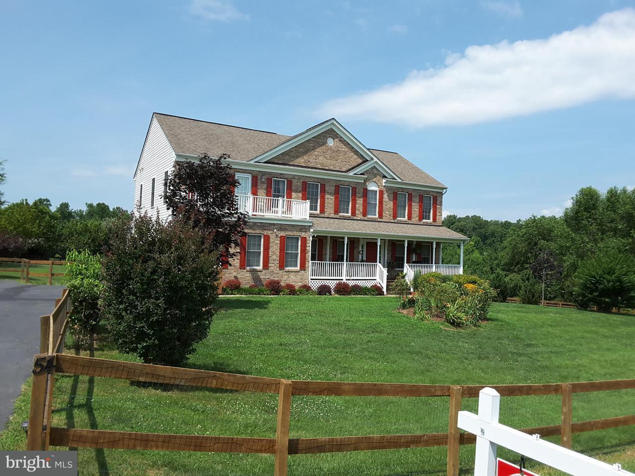 Casa Unifamiliar por un Venta en 54 EQUESTRIAN Drive 54 EQUESTRIAN Drive Stafford, Virginia 22556 Estados Unidos