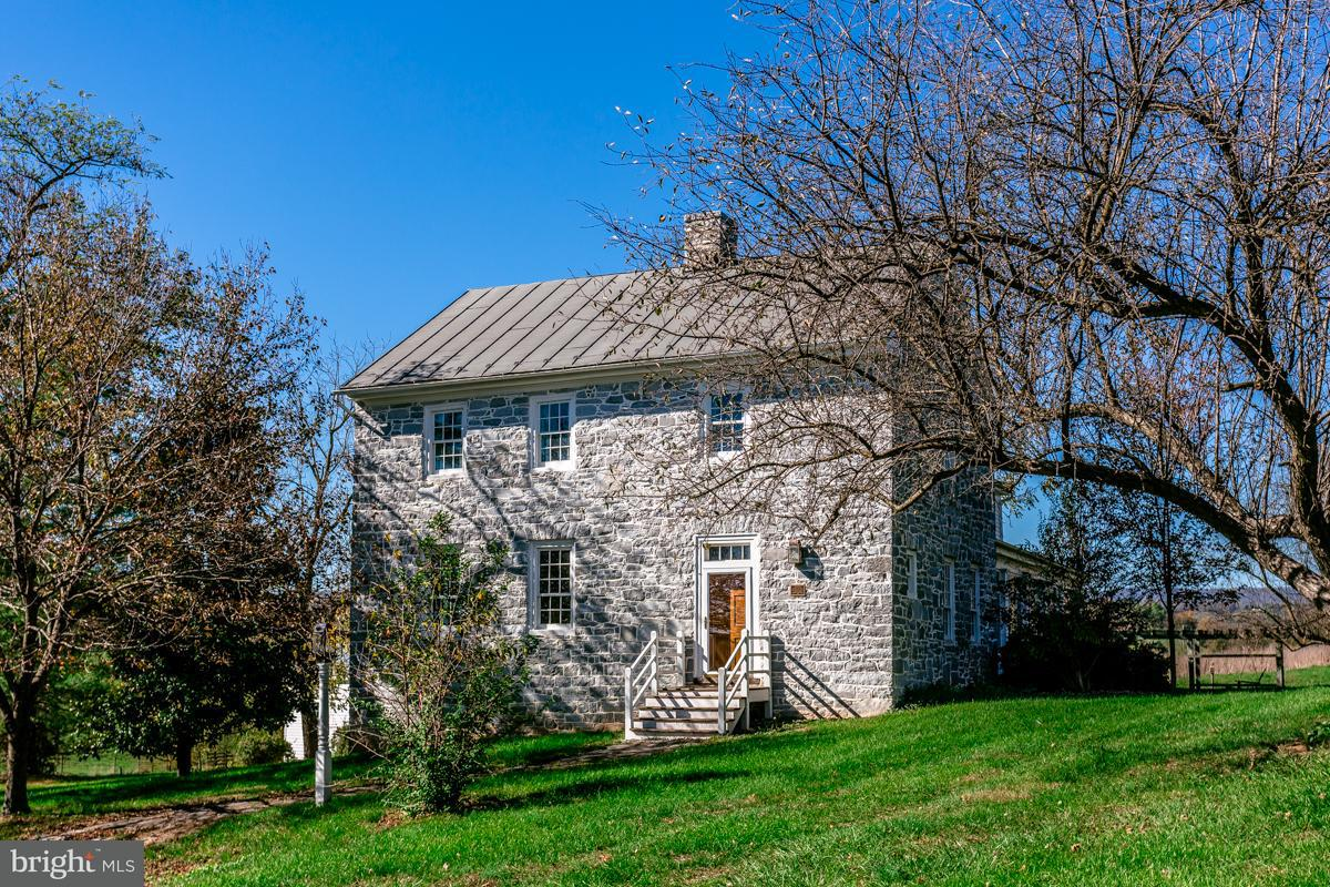 Single Family for Sale at 4713 Wengers Mill Rd Linville, Virginia 22834 United States
