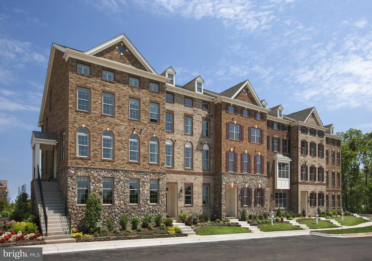 多棟聯建住宅 為 出售 在 22639 Norwalk Sq 22639 Norwalk Sq Ashburn, 弗吉尼亞州 20148 美國