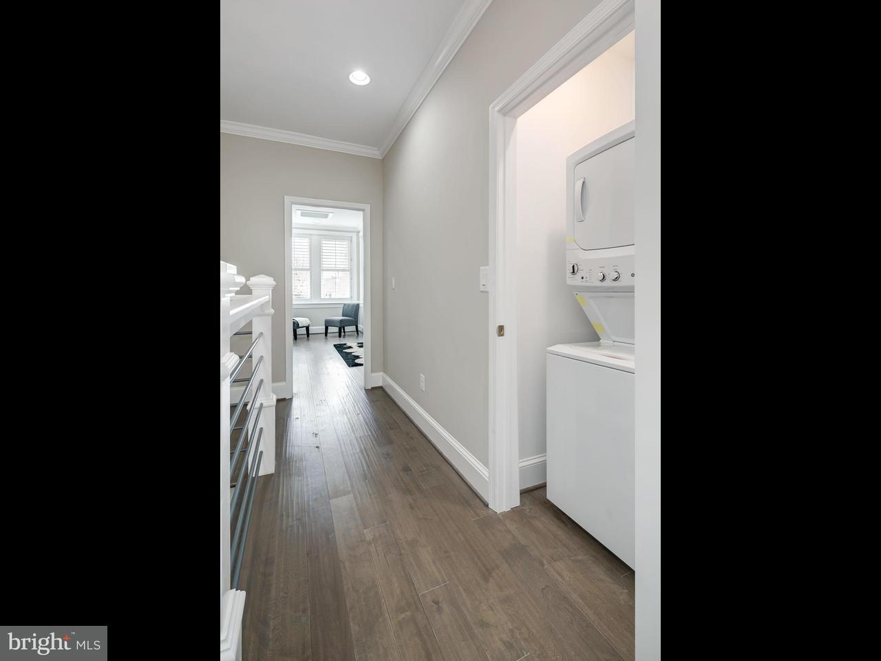 Additional photo for property listing at 227 12th St Ne 227 12th St Ne Washington, 컬럼비아주 20002 미국