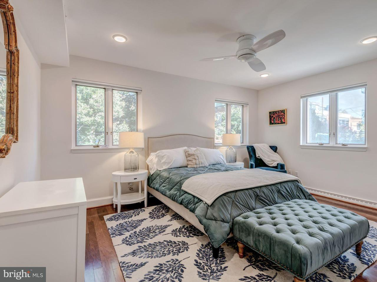 Additional photo for property listing at 2525 P St NW  Washington, District Of Columbia 20007 United States