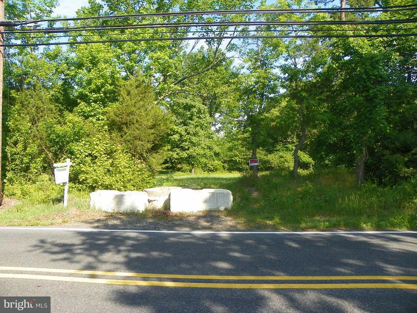 Land for Sale at PARCEL 43 OLD FORT Road PARCEL 43 OLD FORT Road Fort Washington, Maryland 20744 United States
