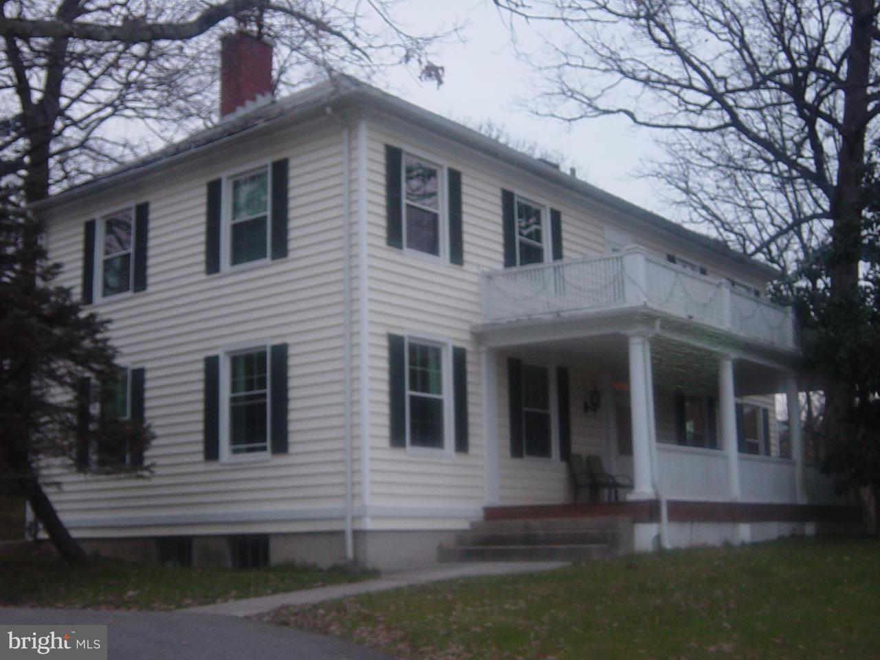 Granja por un Venta en 10938 FALLS Road 10938 FALLS Road Lutherville Timonium, Maryland 21093 Estados Unidos