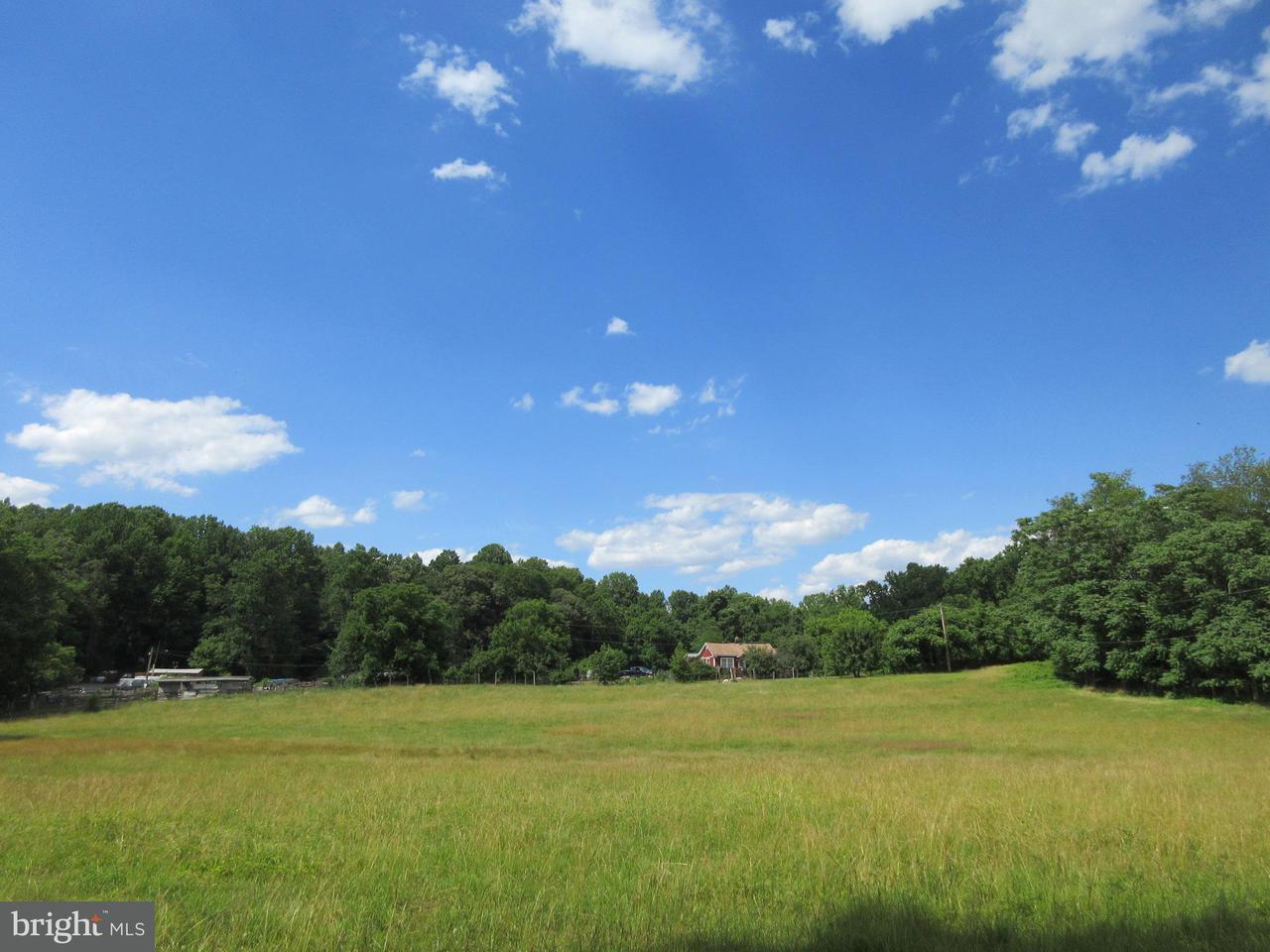 Terrain pour l Vente à 1294 DEFENSE HWY 1294 DEFENSE HWY Gambrills, Maryland 21054 États-Unis