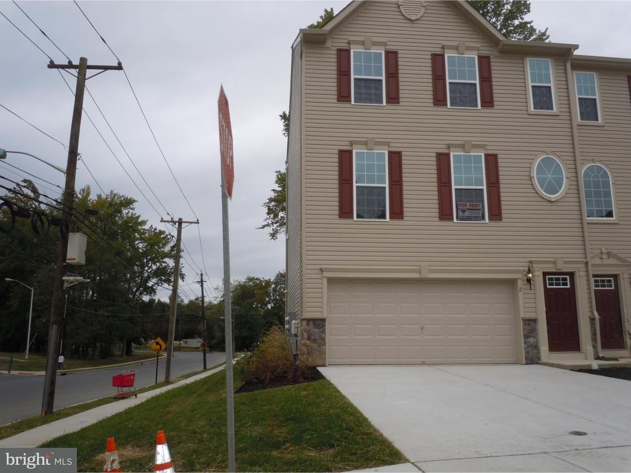 Таунхаус для того Аренда на 2 WALLACE Street Mount Holly, Нью-Джерси 08060 Соединенные Штаты