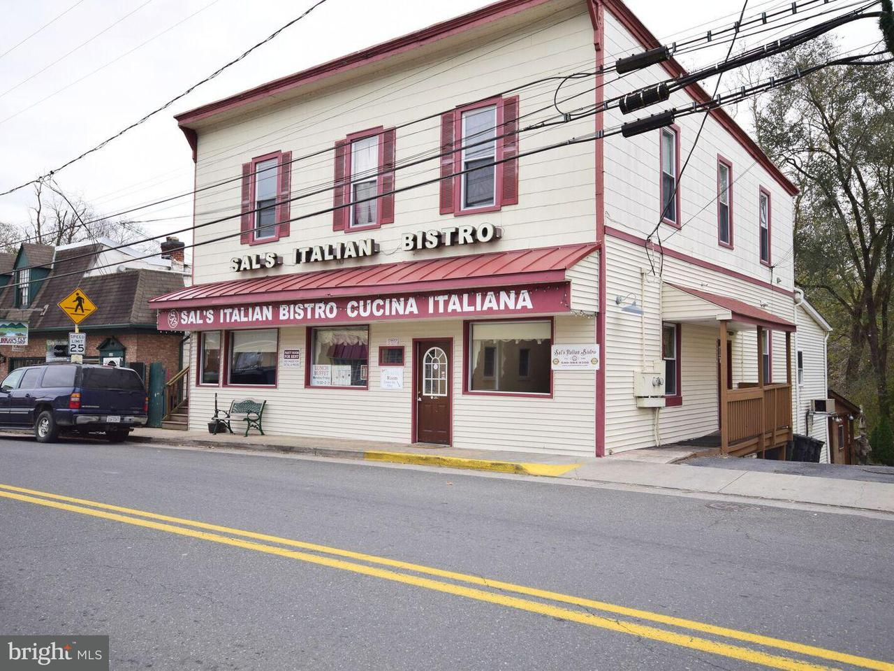 Commercial for Sale at 125 SOUTH MAIN Street 125 SOUTH MAIN Street Edinburg, Virginia 22824 United States