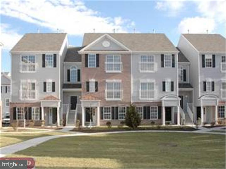 Townhouse for Rent at 320 LISA WAY Cinnaminson, New Jersey 08077 United States