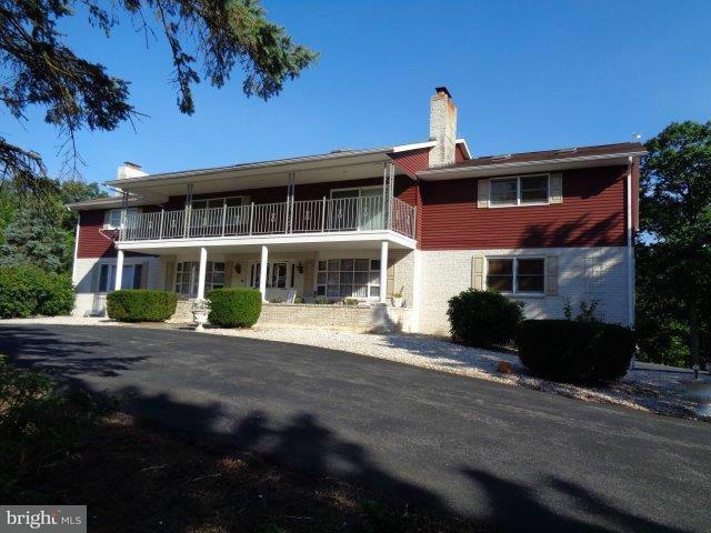 Casa Unifamiliar por un Venta en 735 GREENSPRING Road 735 GREENSPRING Road Newville, Pennsylvania 17241 Estados Unidos