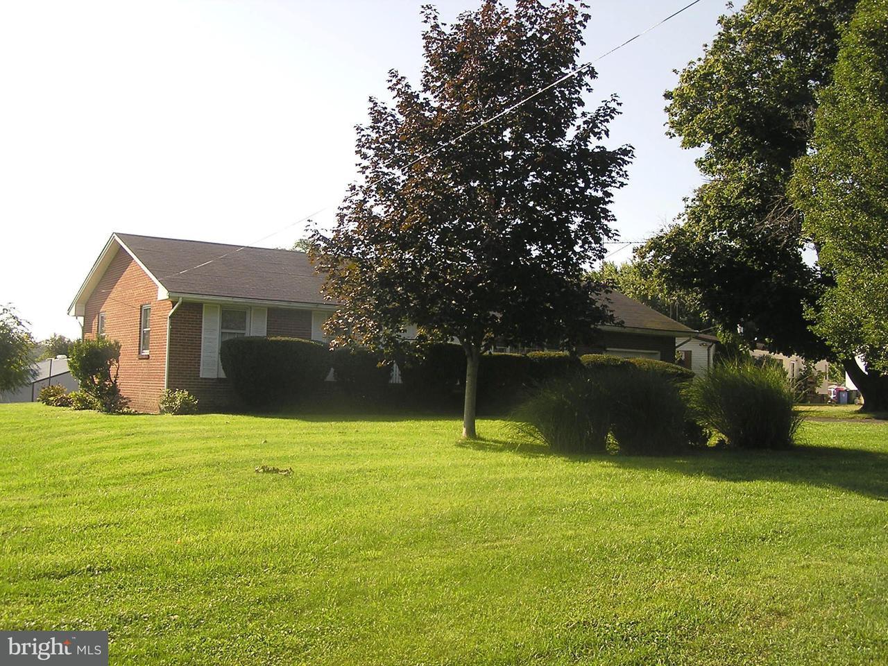 Additional photo for property listing at 2674 MARTINSBURG PIKE 2674 MARTINSBURG PIKE Stephenson, Virginia 22656 Estados Unidos