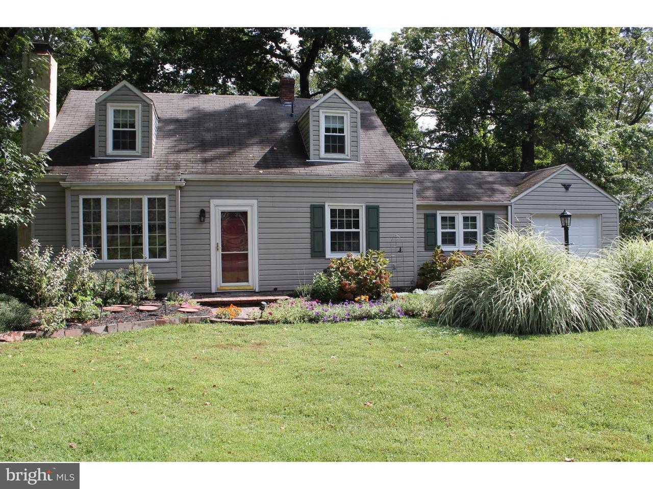 Casa Unifamiliar por un Alquiler en 211 W FERRY Road Yardley, Pennsylvania 19067 Estados Unidos