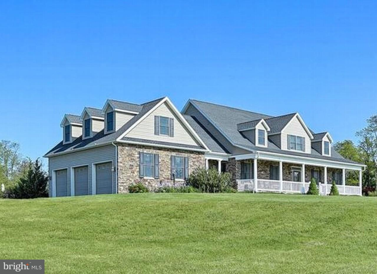 Single Family Home for Sale at 2006 PHILLIPPY Road 2006 PHILLIPPY Road Greencastle, Pennsylvania 17225 United States