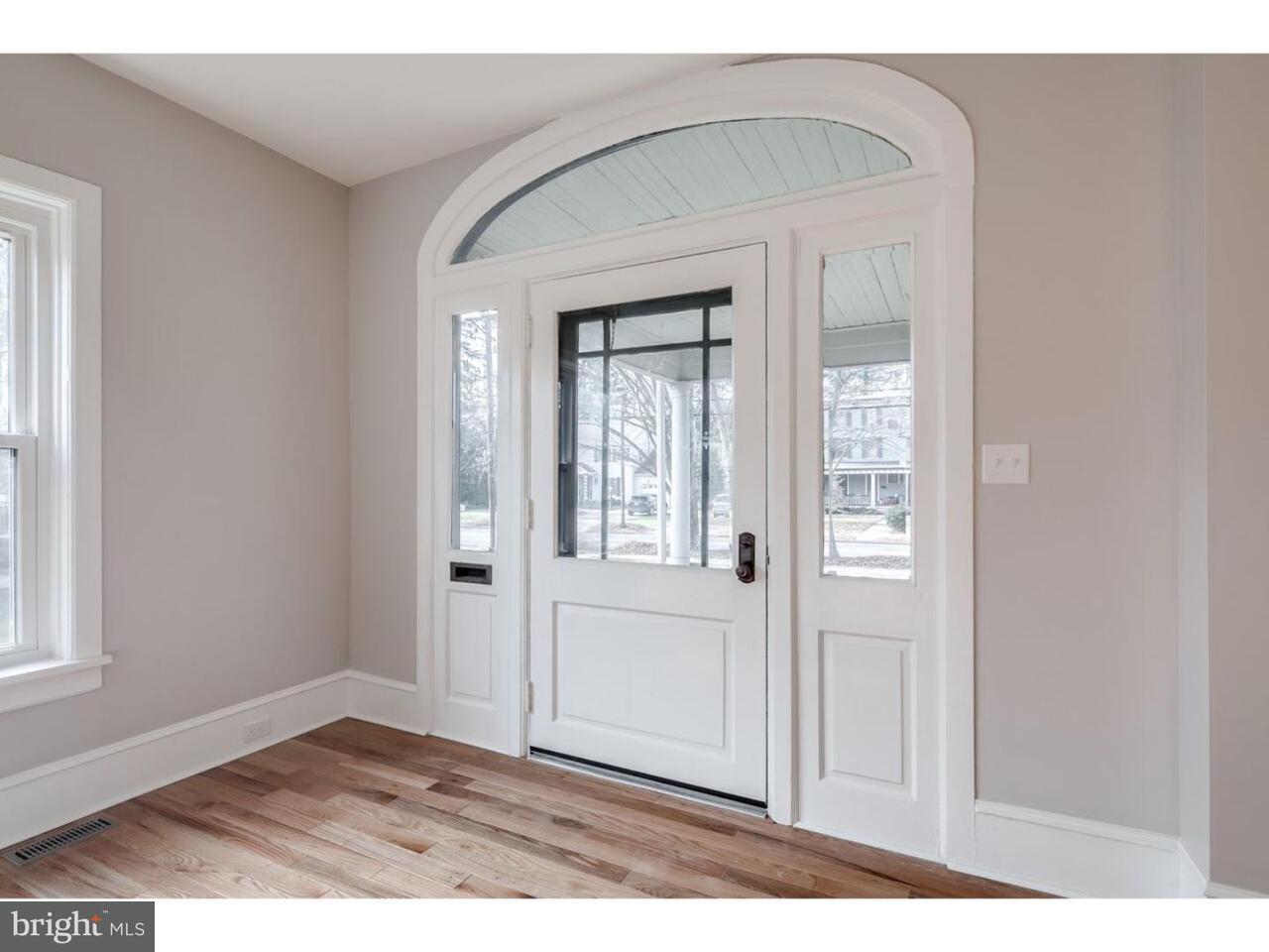 Частный односемейный дом для того Аренда на 311 WARWICK Road Haddonfield, Нью-Джерси 08083 Соединенные Штаты