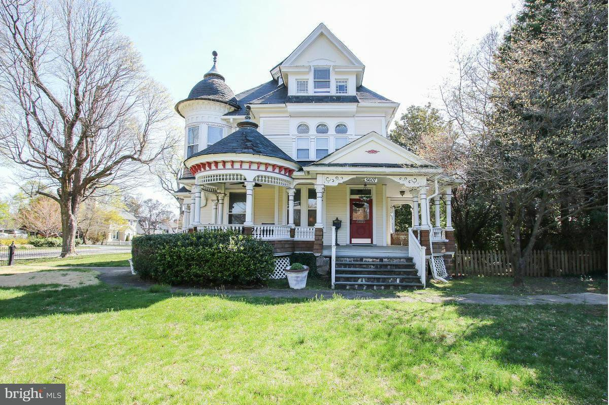 Single Family for Sale at 5607 Roland Ave Baltimore, Maryland 21210 United States