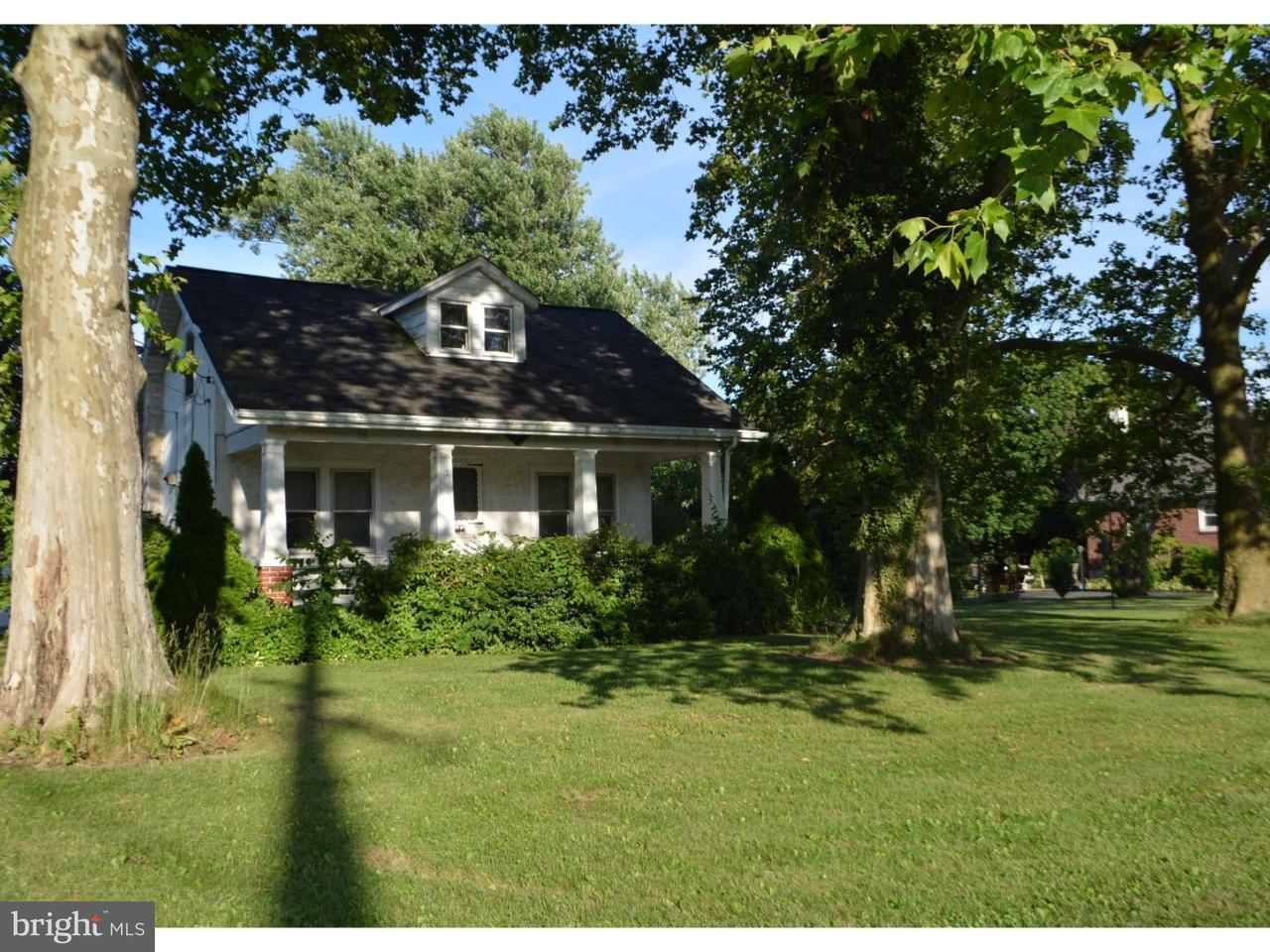 Частный односемейный дом для того Аренда на 2120 POTTSTOWN PIKE Pottstown, Пенсильвания 19465 Соединенные Штаты