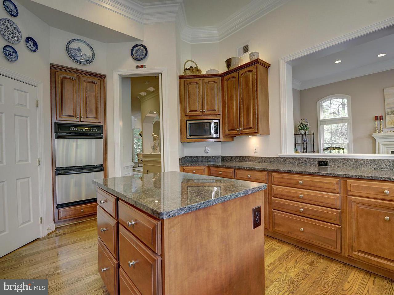 Additional photo for property listing at 9600 Beman Woods Way  Potomac, Maryland 20854 United States