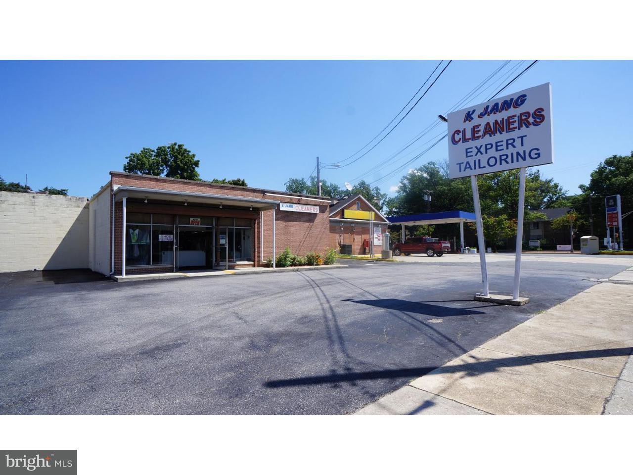 Частный односемейный дом для того Продажа на 204 GRIFFITH Street Salem, Нью-Джерси 08079 Соединенные Штаты