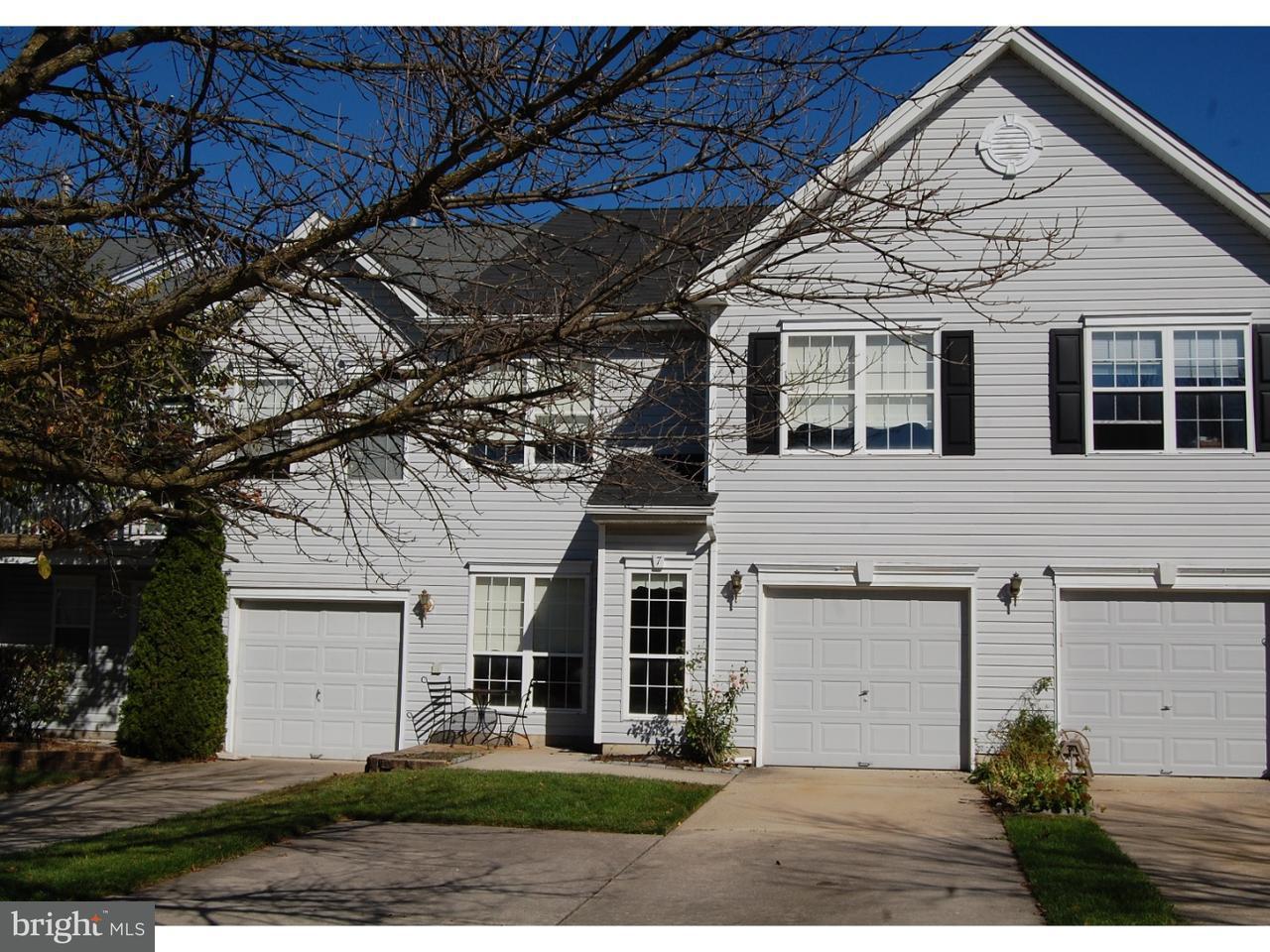 Casa unifamiliar adosada (Townhouse) por un Venta en 7 CYPRESS POINT Court Blackwood, Nueva Jersey 08012 Estados Unidos