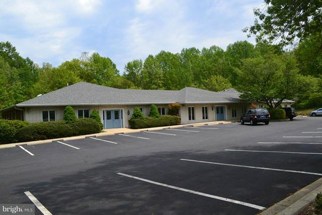 Other Residential for Rent at 2425 Solomons Island Rd Huntingtown, Maryland 20639 United States