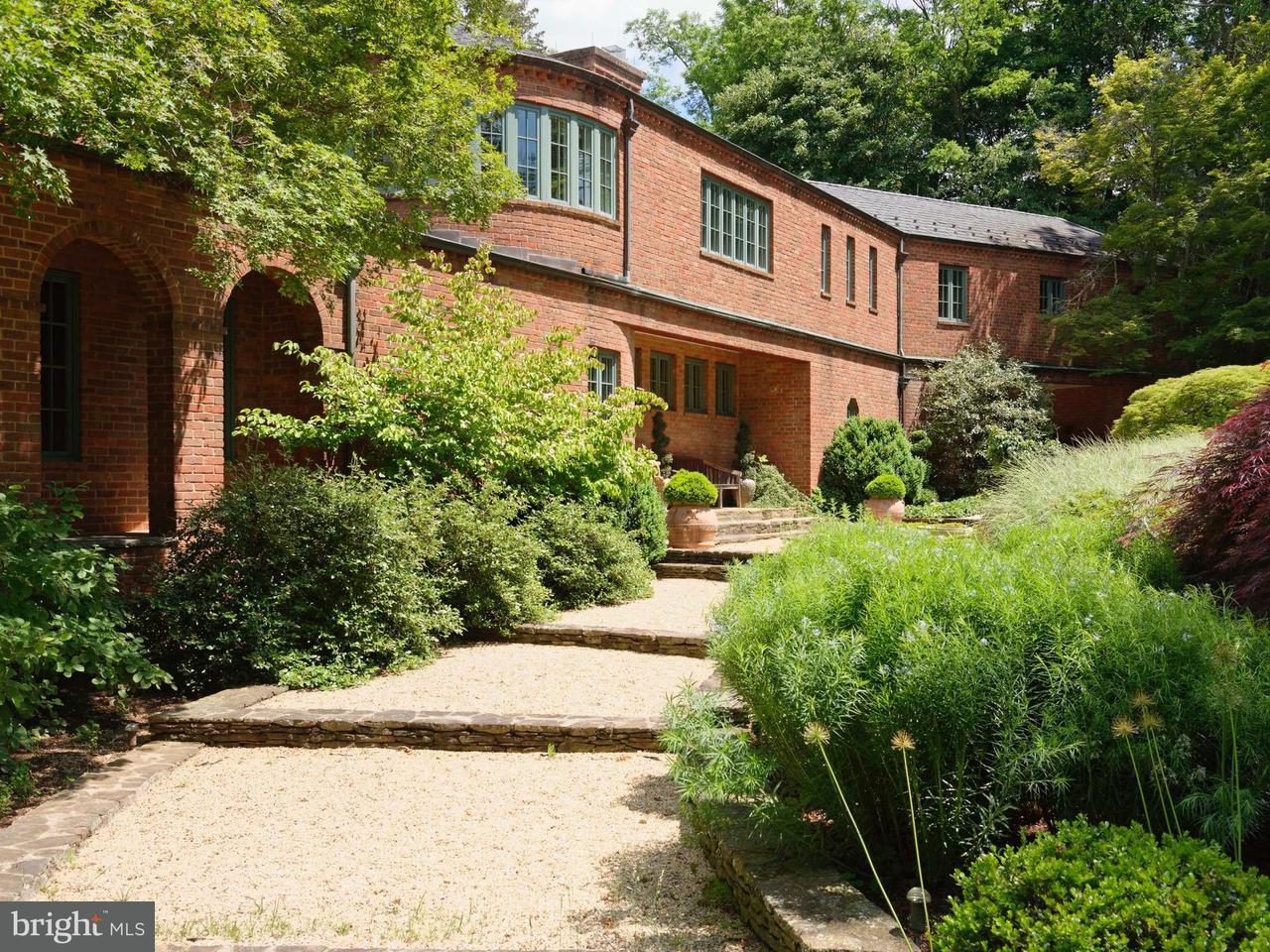 Villa per Vendita alle ore 405 Winchester Street 405 Winchester Street Warrenton, Virginia 20186 Stati Uniti
