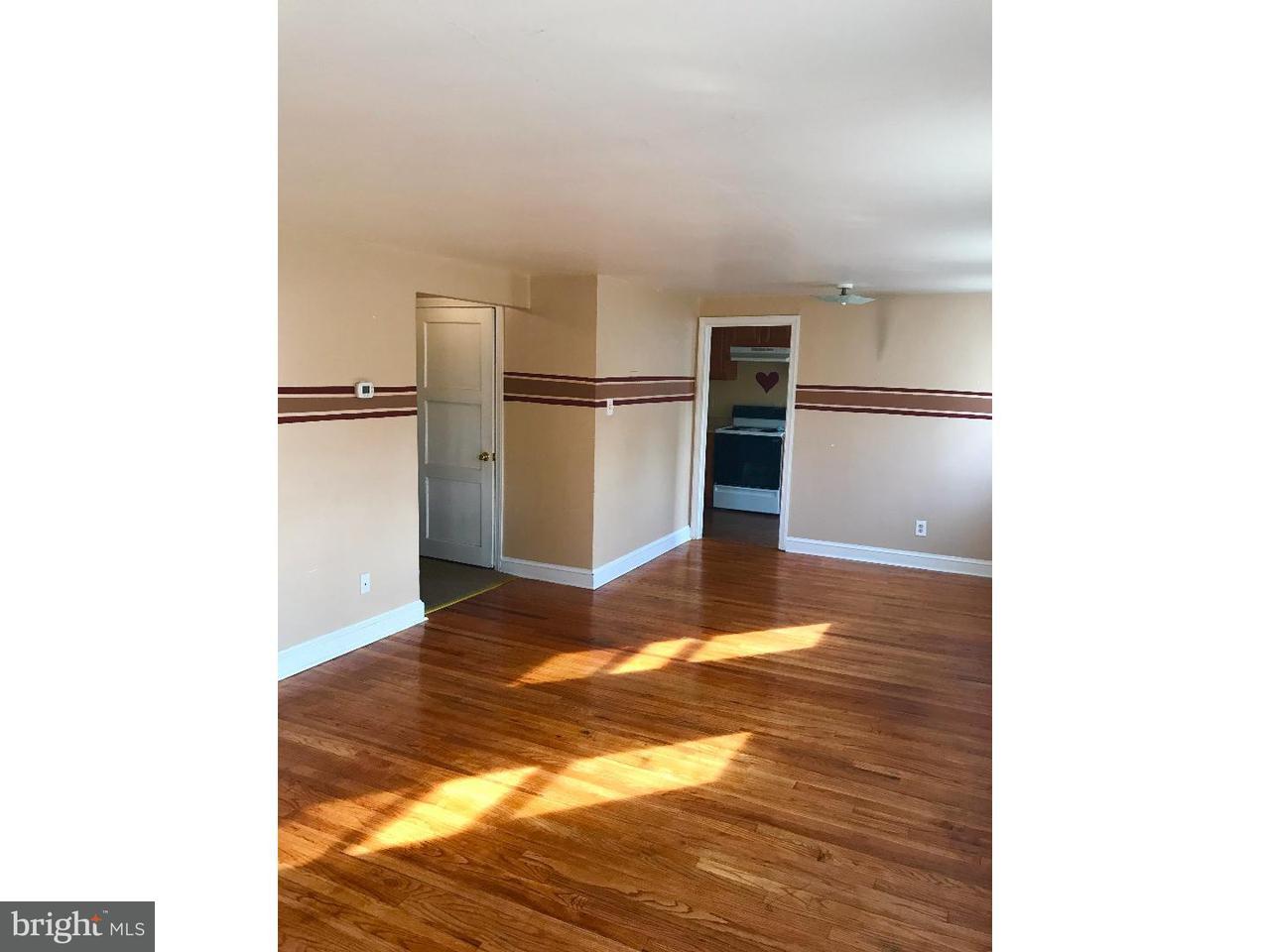 Dúplex por un Alquiler en 31 W GRANT ST #B Woodstown, Nueva Jersey 08098 Estados Unidos