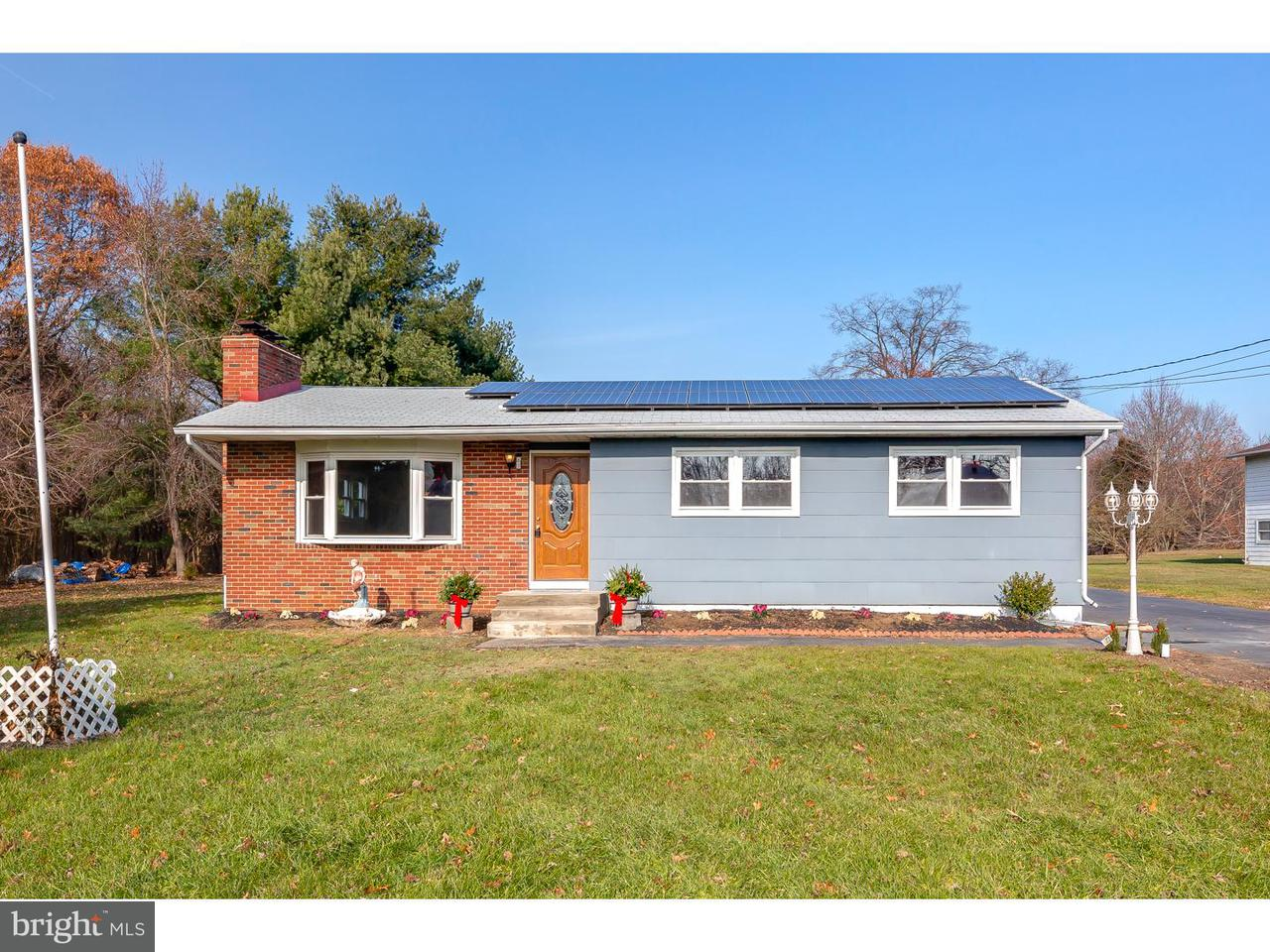 Single Family Home for Sale at 109 SPRINGFIELD MEETING HOUSE Jobstown, New Jersey 08041 United States