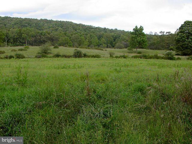 Земля для того Продажа на 226AC BEANS COVE Road 226AC BEANS COVE Road Clearville, Пенсильвания 15535 Соединенные Штаты