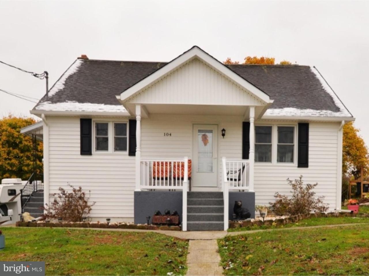 Single Family Home for Sale at 104 VINE Street Ringtown, Pennsylvania 17967 United States