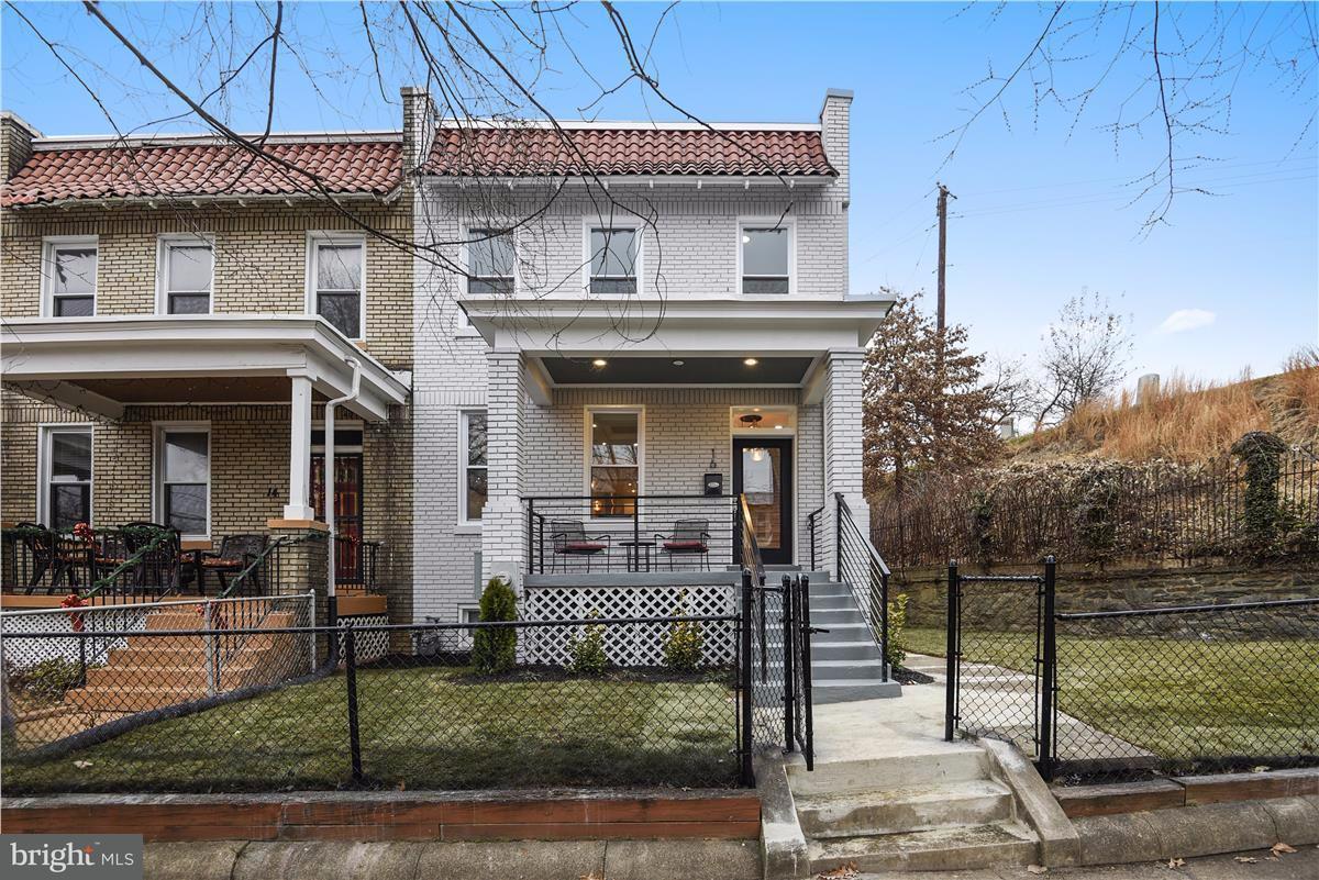 Σπίτι στην πόλη για την Πώληση στο 16 CHANNING ST NE 16 CHANNING ST NE Washington, Περιφερεια Τησ Κολουμπια 20002 Ηνωμενεσ Πολιτειεσ